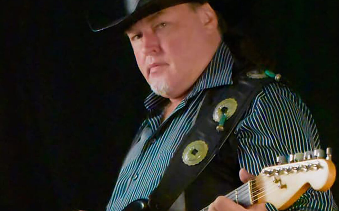 Live Music With Kevin Lamar On Lake Conroe